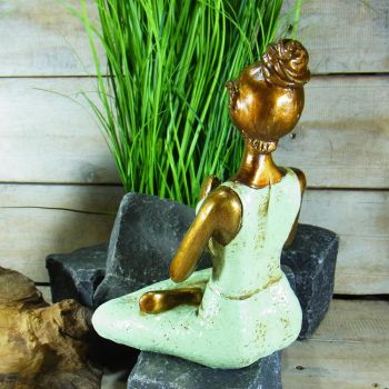 Yogafigur mint / Resin